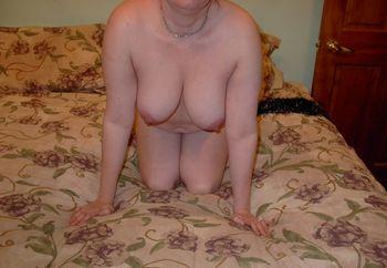 1 Hot Mom Wants....