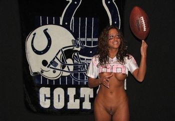 "Little Hottie Says ""go Colts!!!"""