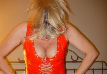 Helen:my New Red Dress...