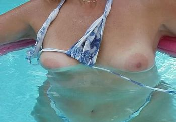 underwater pool fun 2