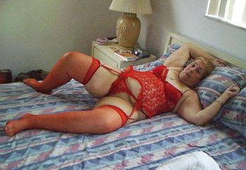 Mature Bbw In Red