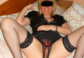 44 Yr Old Uk Milf