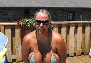 4 U Bikini Luvrz