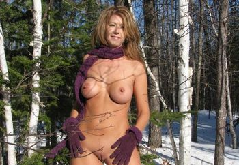 Miss Pv 2008 Naughtybuny Out In The Snow