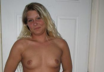 Alisia From Va. Wants To Be Seen!