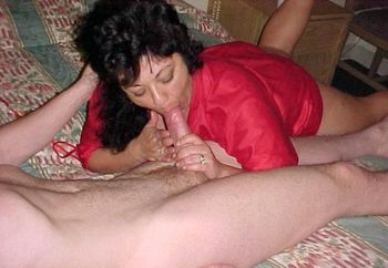 She Needs 2 Hands
