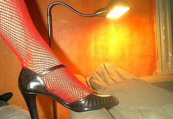 lili's red fishnets