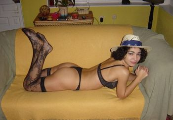 la maravillosa leila (23 years)