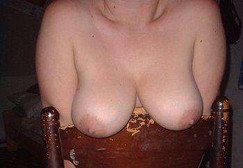 pey�s tits