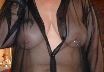 wifes big titts