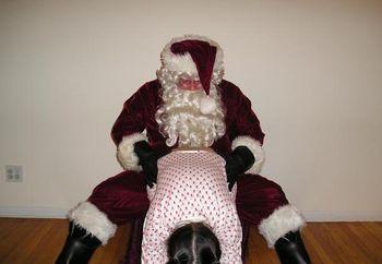 Sweetpea  Treating  Santa