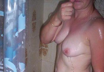 Bi Wife