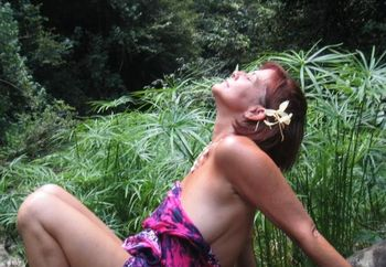 Trudy Lee Goes To The Tropics