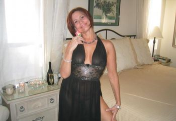 Trudy Lee Gets Ready For Bed