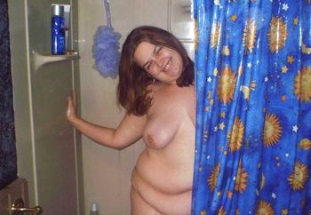 Carrie Takes A Shower!