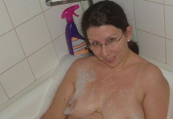 Bath B4 Nude Surfing