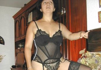 Dolores En Lingerie (1)