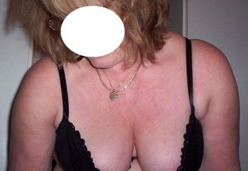 Wife 48