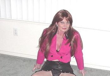 Dee Dee - Leather N Pantyhose