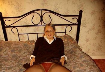 Yorks Milf Cazzy In More Nylons