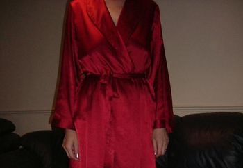 Hot Lips Silky Robe