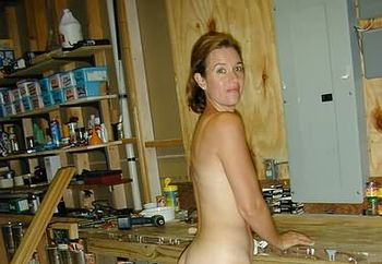sexy suz nude with tools