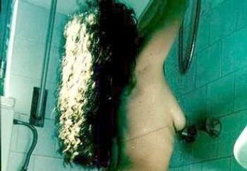 silvye shower after beach