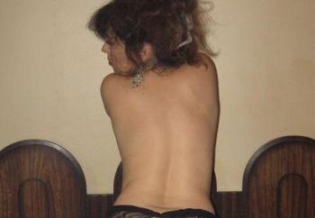 Sylvie Posing