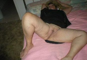 Classy-sexy Mature Lady
