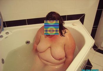 Oz Bbw New Bath Room