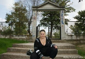 GREGREEK ANNA AT THE PARK.