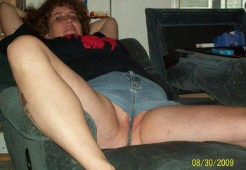 hotsexcple playing at home