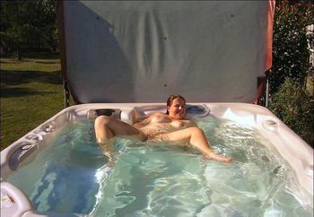 Muffin Top in the Hot Tub