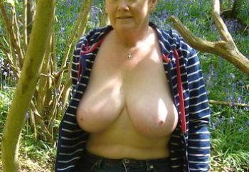 Springtime boobs