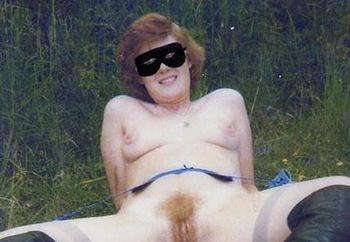 Suzanne posing nude