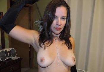 Hot Colombian Wife/Esposa Colombiana Caliente!