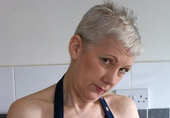 GILF-Fun in the Kitchen 1