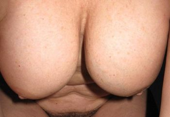 Mature tits and pussy