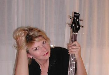 Susi and the bass
