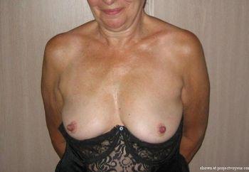 Big Nipples & Hairy Pussy