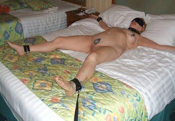 Mature Hotel Slut Loves to Pose