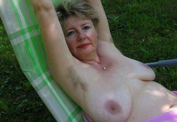 Ivana Naked 109