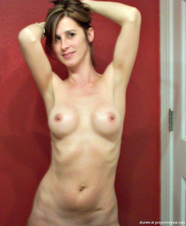 Pretty naked wives