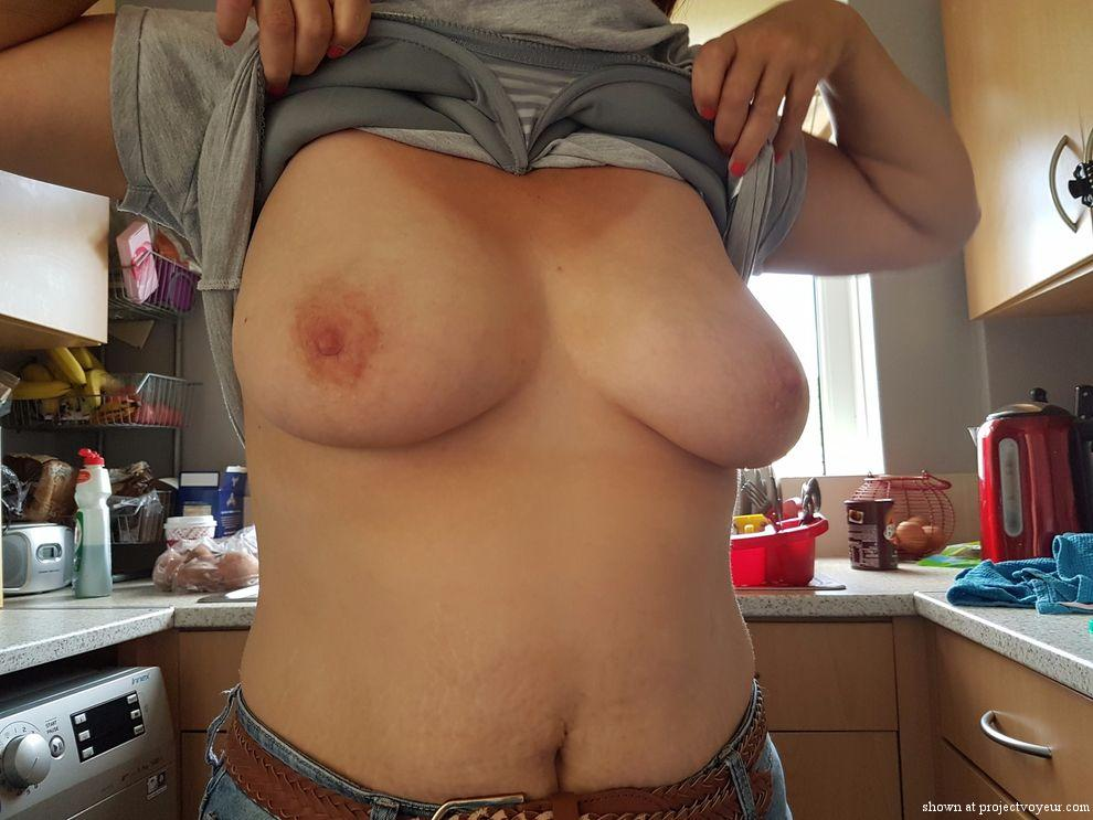 She likes to show tits - image4