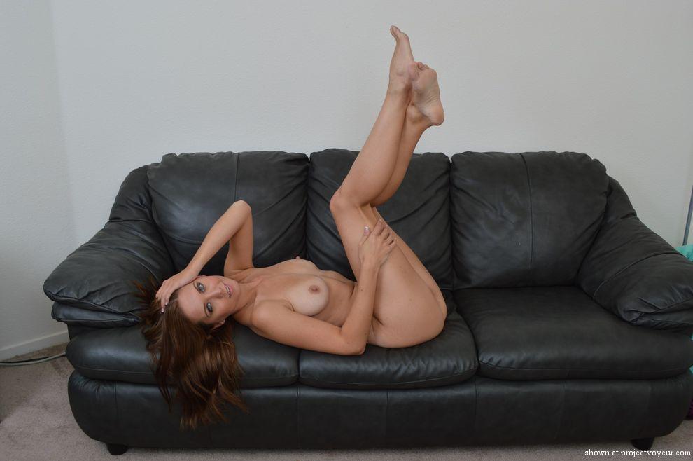 dana naked - image1