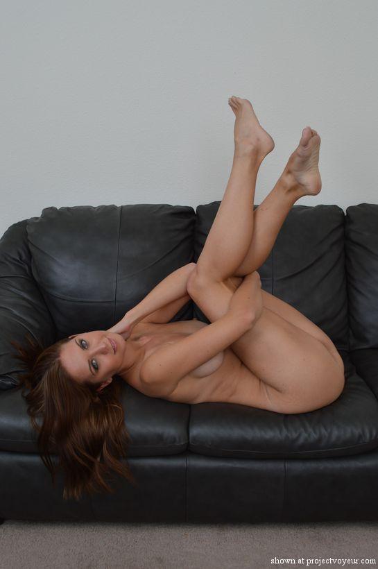 dana naked - image2