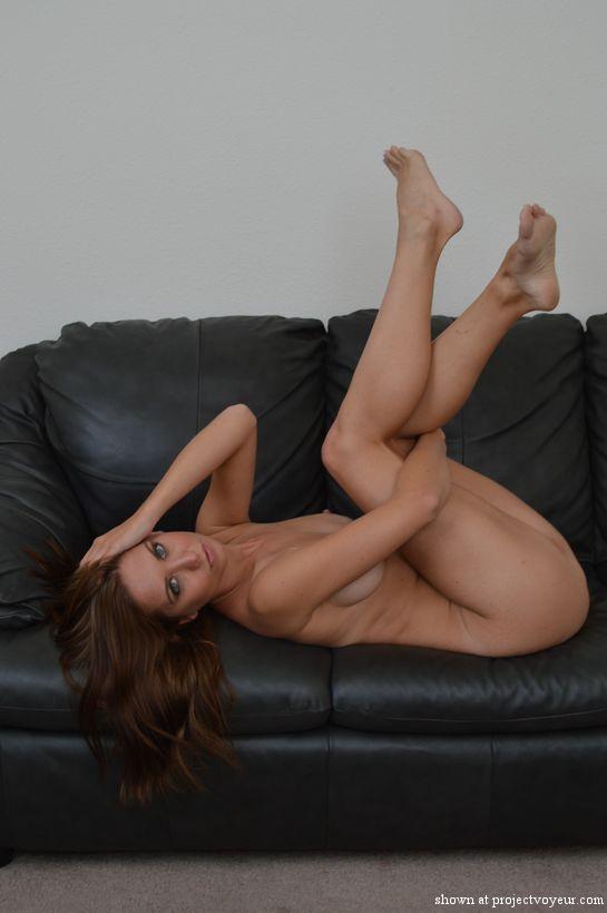 dana naked - image3