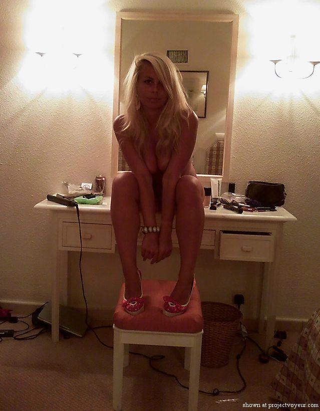 Messy girl - image1