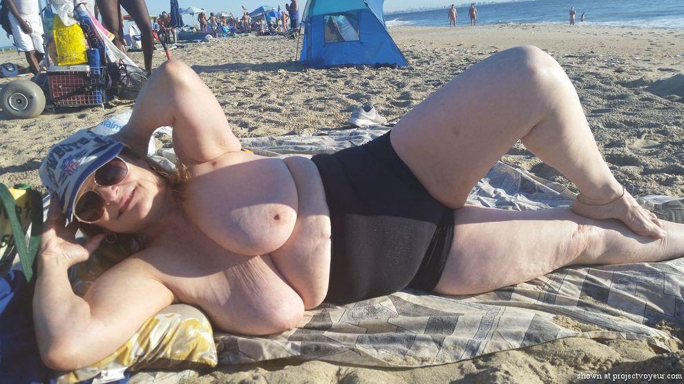 grandma at nude beach - image4