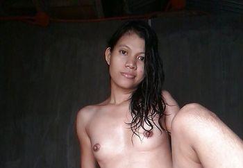 my sexy nude flipina body